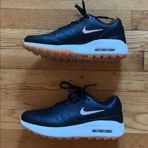 Nike women's air max golf shoe